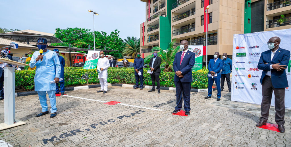 Gov. Sanwo-Olu At Nnpc/Ippg Donation Of Protective Equipment To South-West States Against The COVID-19 Pandemic In Lagos 2