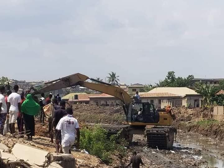 Lagos Suspends Demolition of Illegal Structures On Drainage Alignments 3