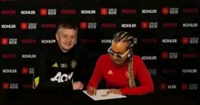 DJ Cuppy becomes Manchester United fan 5