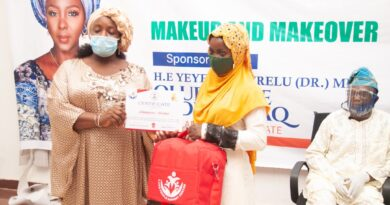 Kwara First Lady Trains And Equips Women And Youths With Tools. 3