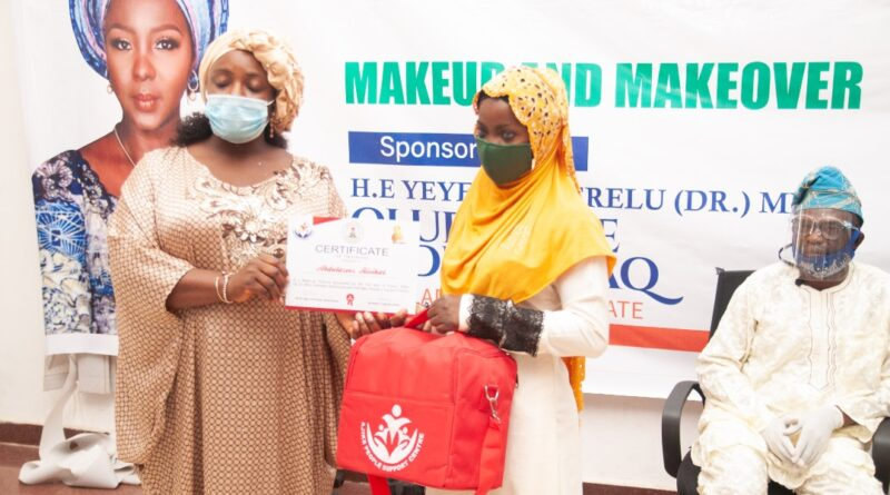 Kwara First Lady Trains And Equips Women And Youths With Tools. 1