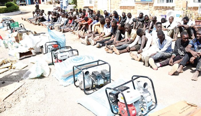 Police Begin Manhunt for Looters, Arrest 483 1