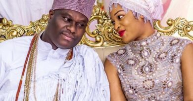 Ooni Of Ife Welcomes Prince With Wife 4