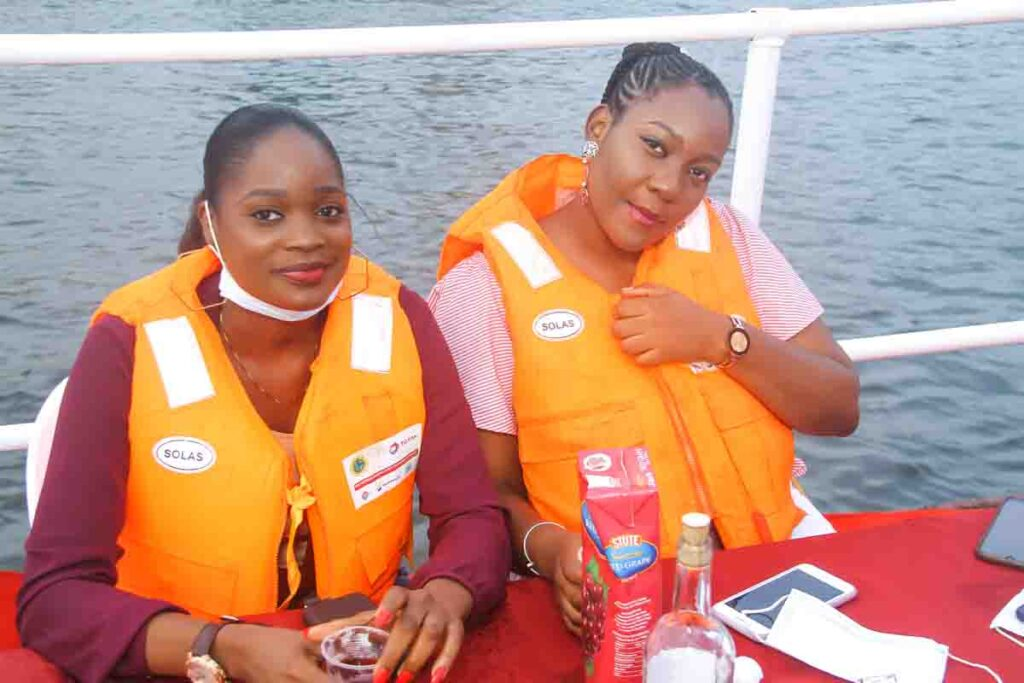 See Moments From Travelogue Valentine Boat Cruise 8