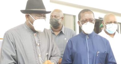 Former President Goodluck Jonathan Visits Governor Okowa Over Father's Death 3
