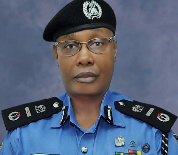 Lagos Residents Boo Usman Alkali Baba, Police Inspector General During Visit 2