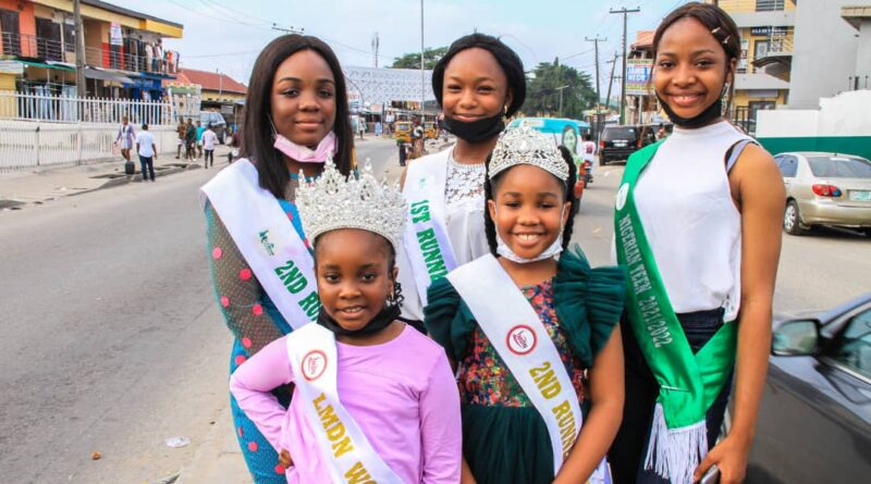 Heart of Gold: 8 Years Old Crowned Queen Nnenna-Miracle Abel Kalu Fetes 200 Street Children in Lagos 5